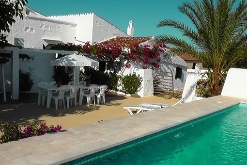 Typical Menorcan finca with a lot of history and special charm near Alaior