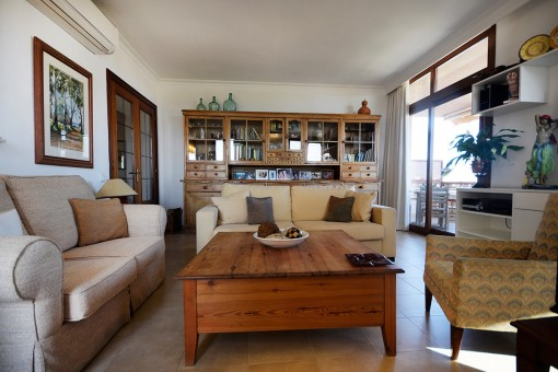 Tastefully furnished apartment, renovated in 2001