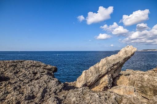 Rocks next to sea with fantastic views