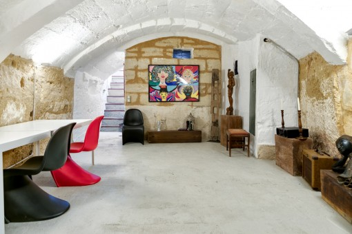 The vaulted cellar offers ample space