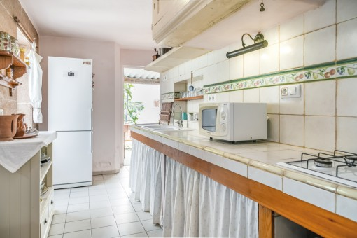 Alternative view of the menorcan kitchen