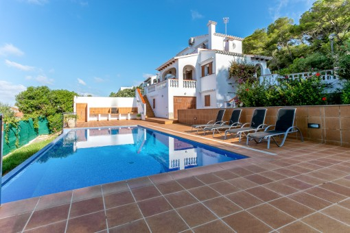 Private pool with terrace and barbecue area
