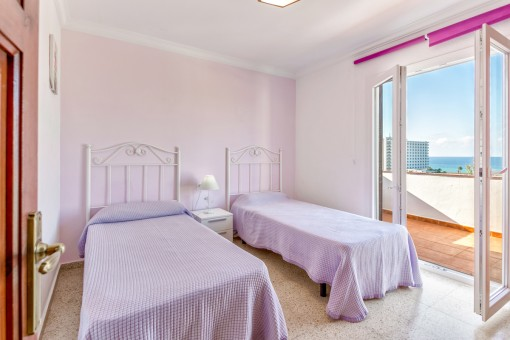 The third sea view bedroom