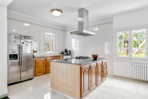 Large kitchen with cooking island