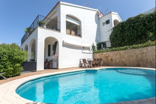 villa in Cala Llonga