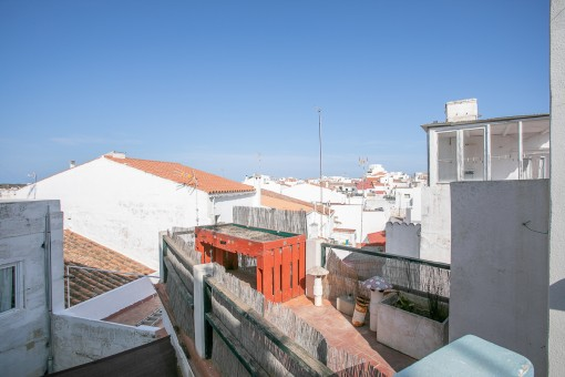 Roof terrace with views over Mahon