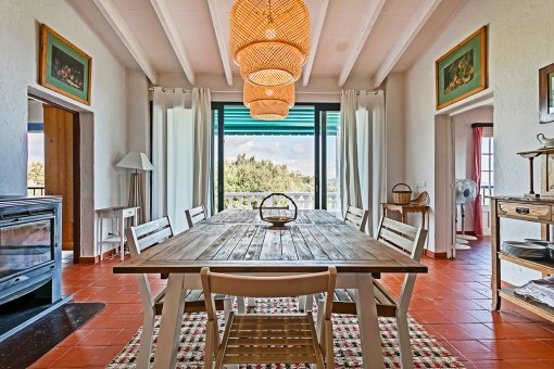 Attractive dining area