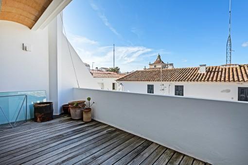 First spacious terrace