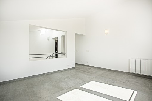 Open space on the upper floor