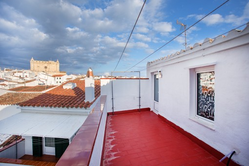 Roof terrace with views over Alaior