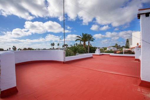 Large roof terrace