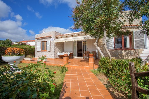 Quietly-situated villa in S'Algar with garden and roof terrace