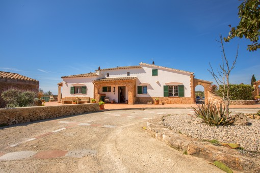 Wonderful countryside property with pool on the Cami d'en Kane between Mahón and Alaior.