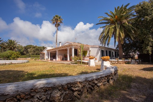 Impressive finca in idyllic Alcaufar, surrounded by nature and close to the beach